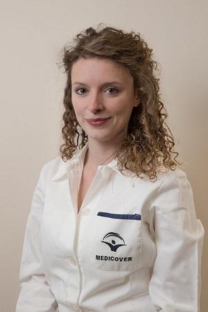 Dr-Katalin-Polgar-cosmetic-dentistry-Budapest-Top-Dental