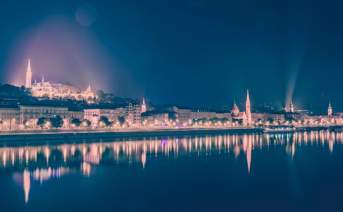 Budapest et le Danube la nuit