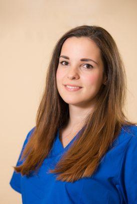 Dr-Zsofia-Pocsai-dentiste