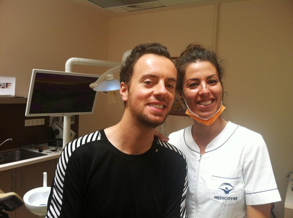Un beau sourire nouveau á Top Dentiste Budapest